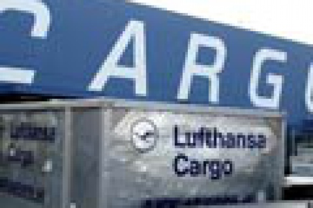 Cargo lotnicze na rozbiegu