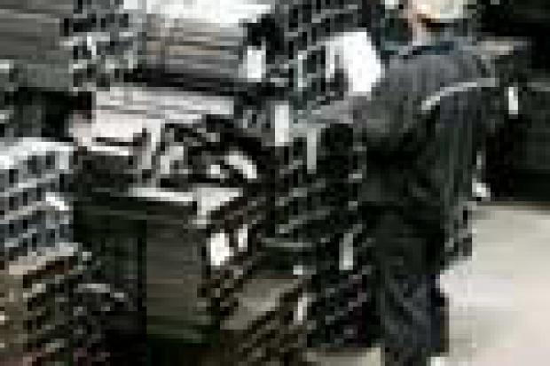 Dystrybucja stali w ciągłym wzroście