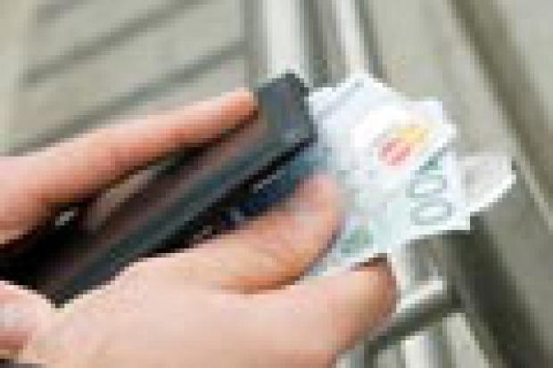 Karty płatnicze - nowoczesne, prestiżowe, rabatowe