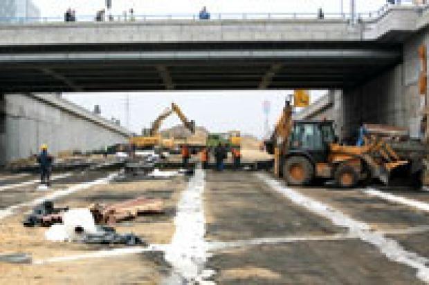 Szybsza budowa dróg przed EURO 2012