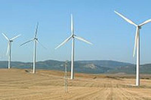 Wojna o prąd z wiatraków