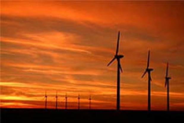 Raport PwC nt. energii odnawialnej