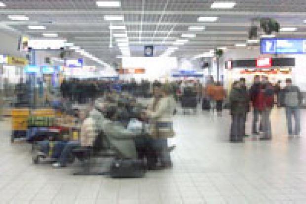 Ruch pasażerski w portach lotniczych ciągle rośnie