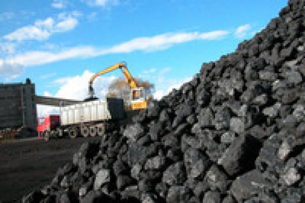 Rosną zapasy węgla, topnieją zyski