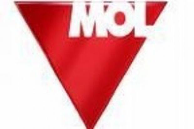 Węgierski rząd broni MOL