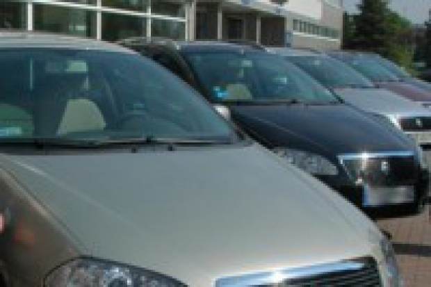 Ceny samochodów na europejskich salonach