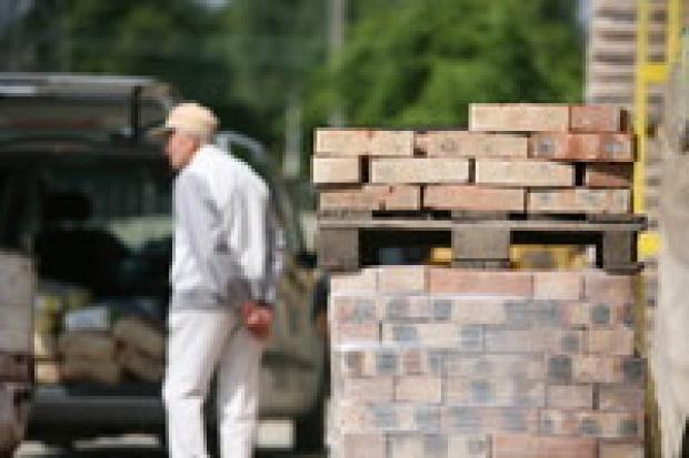 Firmom budowlanym grozi redukcja zatrudnienia
