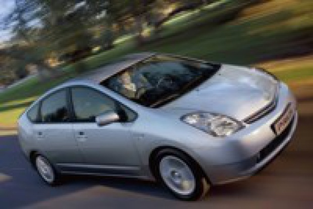 Toyota: akumulatory litowo-jonowe - później