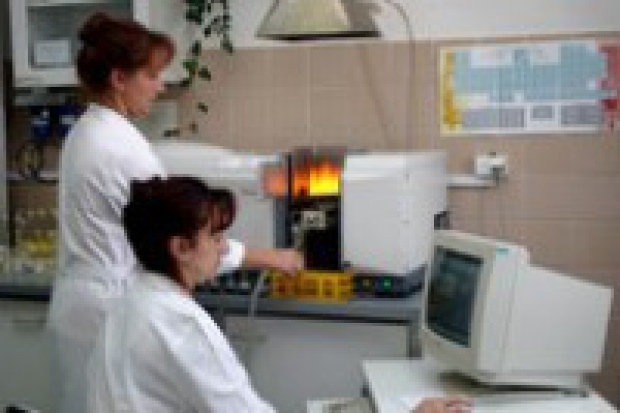 Licencje chemiczne pod nadzorem