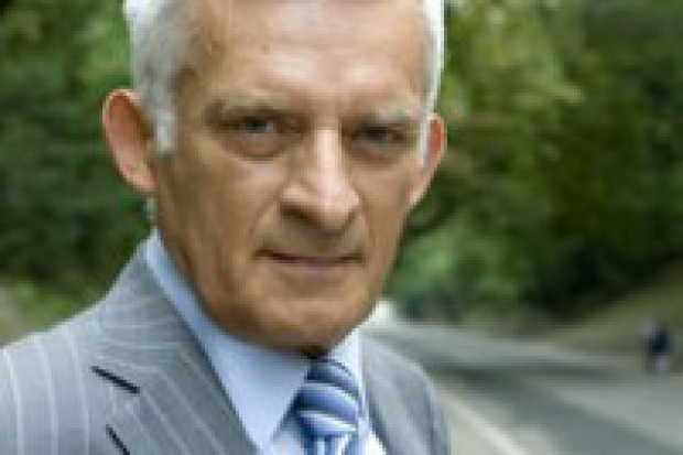 Jerzy Buzek: konieczne zmiany struktury zużycia paliw energetycznych