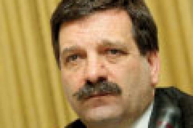 Janusz Śniadek: Nie chcemy wyścigu szczurów!