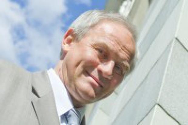 Tchórzewski: fuzja Lotosu z Orlenem wymaga analiz