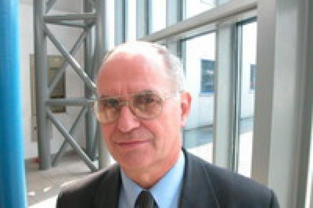prof. Blaschke: po co w elektrowniach spalać kamień?
