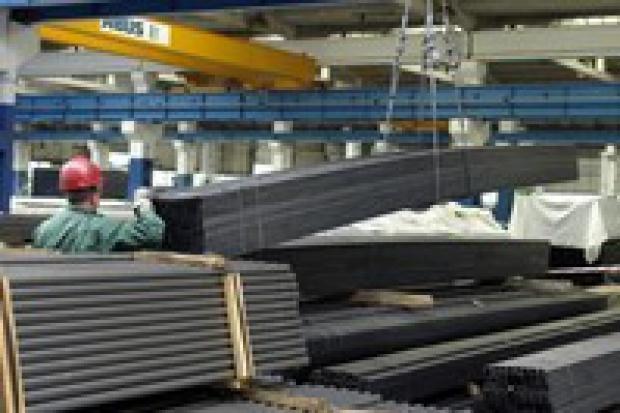 Rok 2008 dla dystrybutorów stali zapowiada się obiecująco
