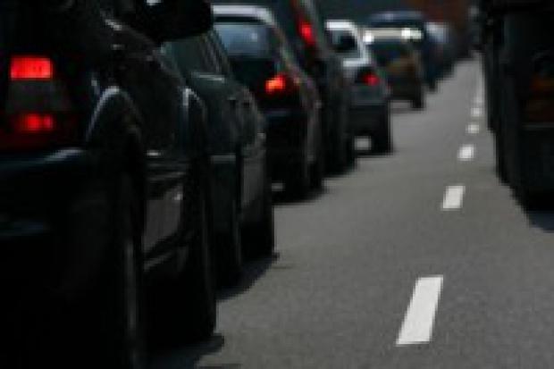 Parlament Europejski: zredukować emisję CO2 do 125 g/km w ciągu 8 lat