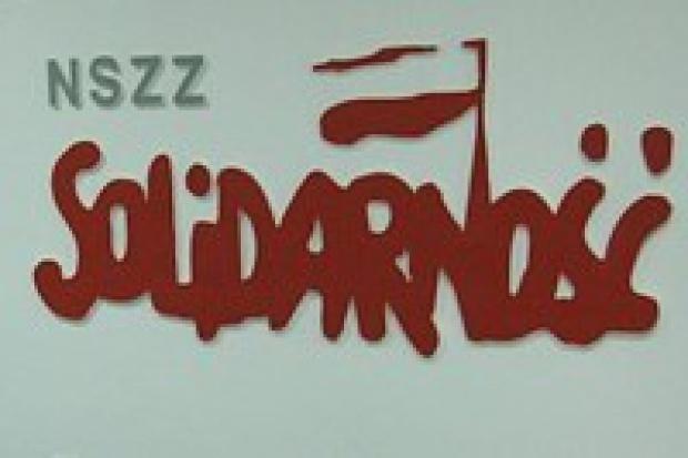 Solidarność pikietowała siedzibę Faurecii w Grójcu