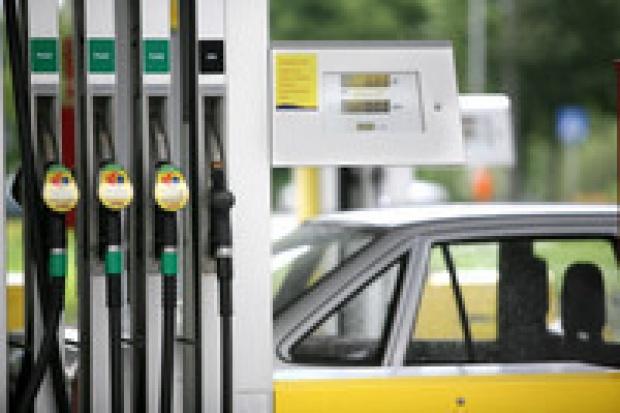 Rekordowo droga ropa przełoży się na ceny w kraju