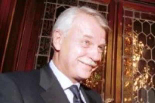 Andrzej Olechowski kandydatem na szefa Orlenu