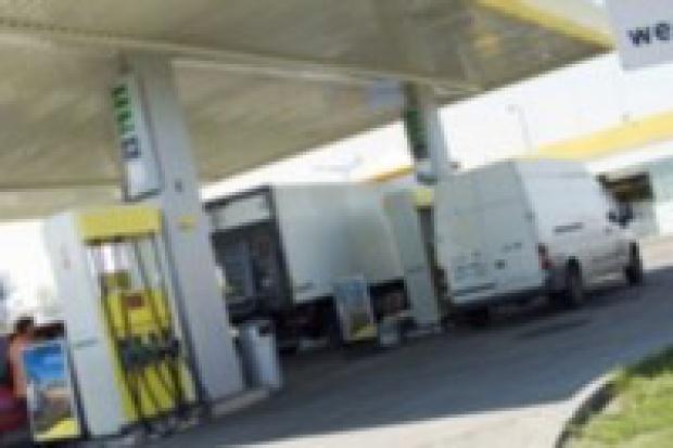 Co siódma stacja benzynowa działa bez koncesji