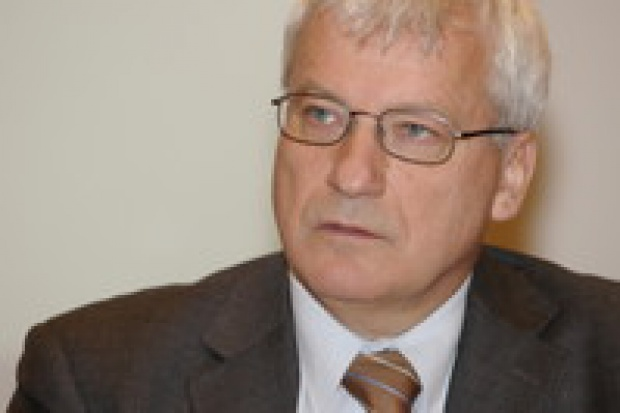Szymon Duniec rezygnuje z funkcji prezesa Atel Polska