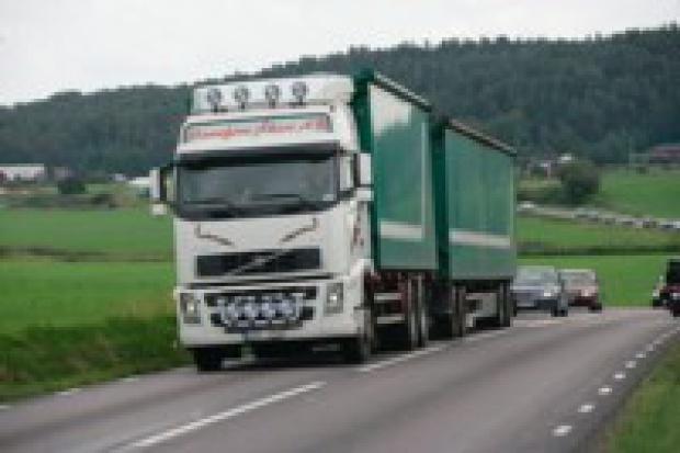 Volvo Trucks - producent podpowiada jak ograniczać zużycie paliwa