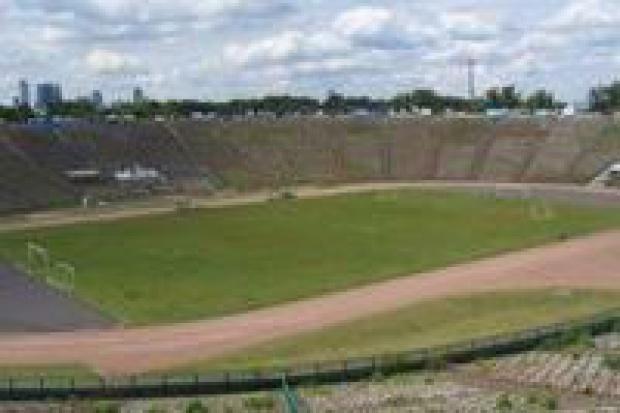 Budowa Stadionu Narodowego najwcześniej za rok