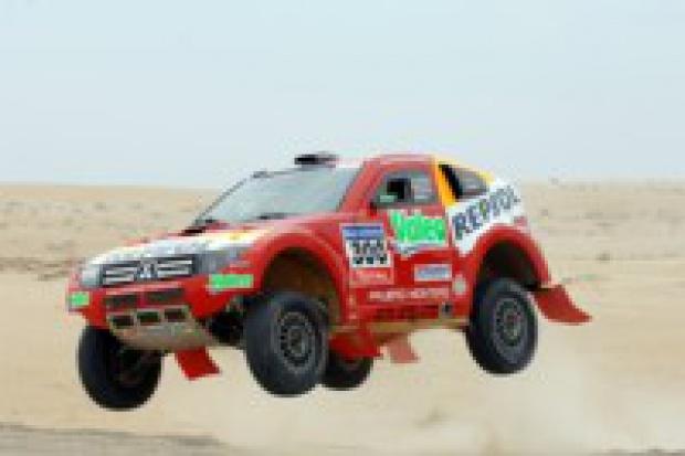 Trzy Diamenty w piaskach Dakaru