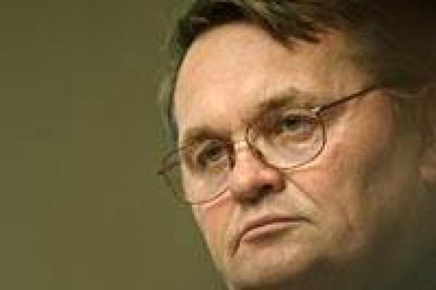 Były prezes KGHM Wiktor Błądek nadal związany jest z miedziowym potentatem.