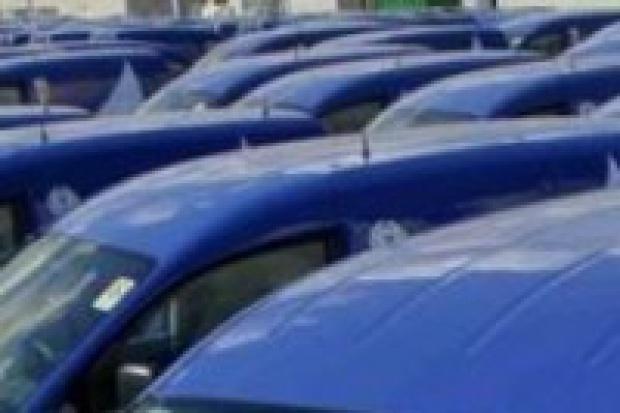 Polacy wydadzą w salonach samochodowych 21 mld zł