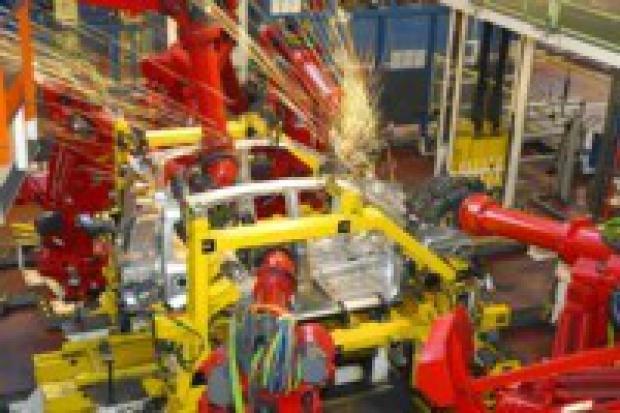 Listopadowa produkcja aut osobowych i dostawczych