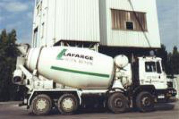 Lafarge uzależnia inwestycje od limitów CO2