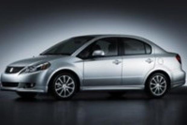 Suzuki wprowadza SX4 ze stopniowanym tyłem