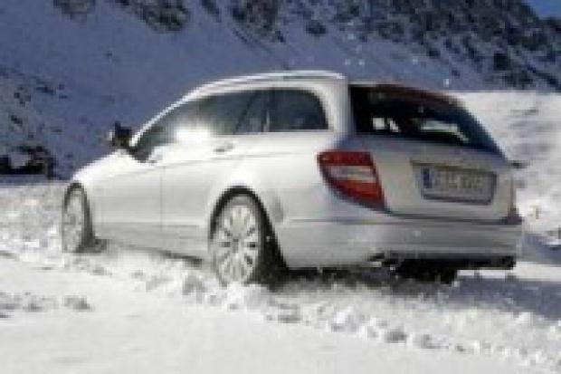 Mercedes przyspiesza w Polsce