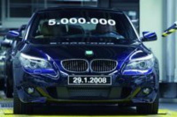 """Pięć milionów """"piątek"""" BMW"""