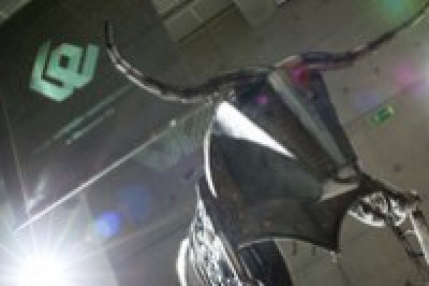 Passat Stal: na GPW dzięki stalowej koniunkturze