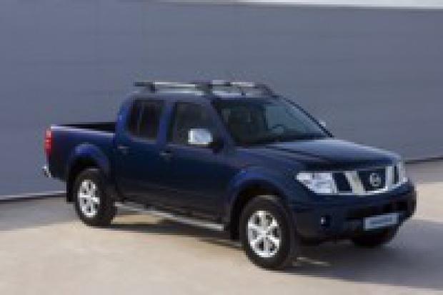 Nissan sprawdza poduszki w 130 tys. modeli Navara