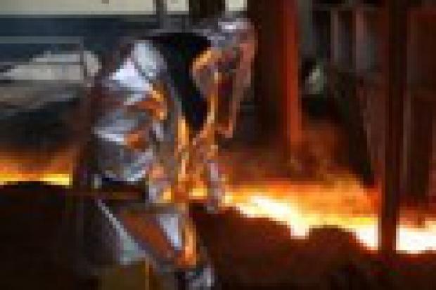ArcelorMittal Poland: atrakcyjne zwolnienia, niełatwy nabór