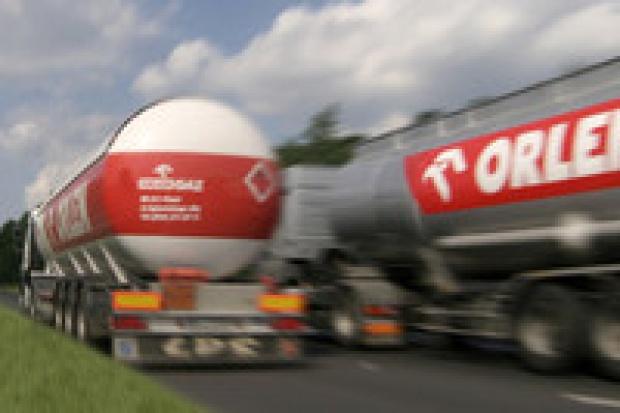 Konsumpcja paliw w 2007 roku wzrosła o 8 proc.