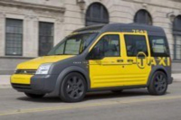 Transit osobową taksówką?