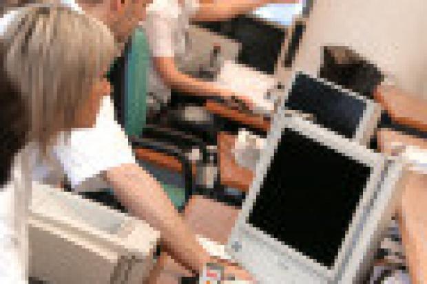 Administracja w sieci: instytucje czeka informatyzacja