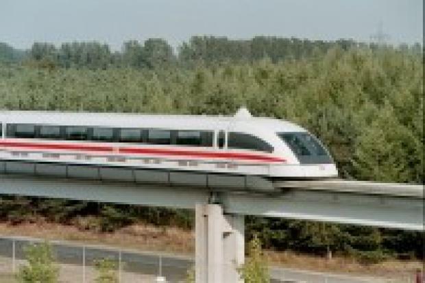 Zrezygnowano z budowy superszybkiej kolei magnetycznej w Monachium