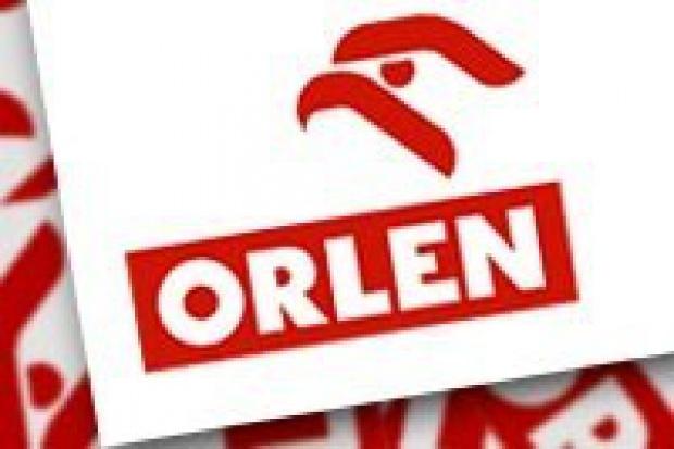Kolejka chętnych do Orlenu