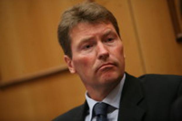Inwestorzy chcą kontroli nad prywatyzowanymi firmami energetycznymi
