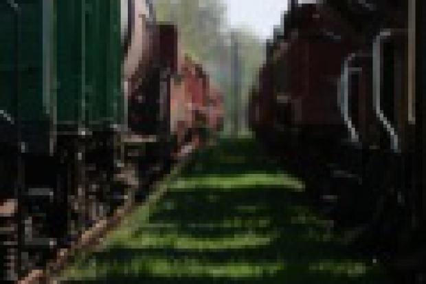 Przewozy kolejowe stanęły w miejscu