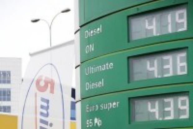 Olej napędowy kosztuje już tyle, co benzyna