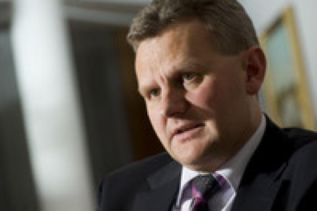 MSP chce jak najszybciej wnieść akcje Petrobaltiku do Lotosu