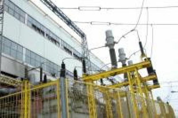 Instytucje publiczne powinny walczyć o tańszy prąd