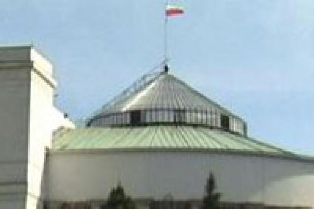 Sejm zamawia samochody