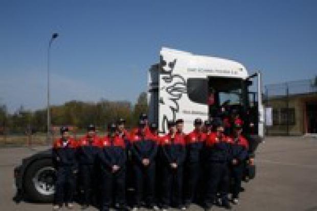 Scania inwestuje w przyszłe kadry