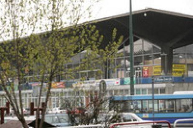 Anglicy walczą o dworzec w Katowicach
